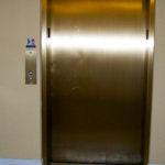 Casellas-Refinishing-metal-bronze-elevator_Main
